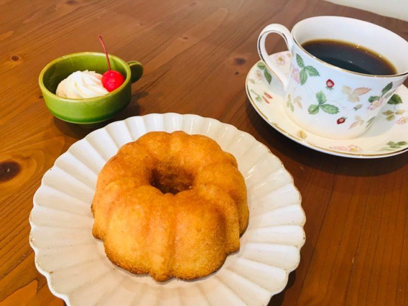 レモンリングケーキとコーヒー