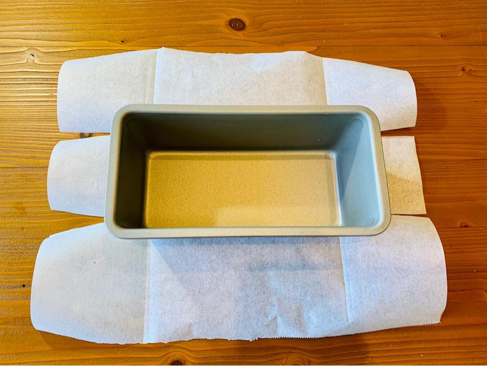 パウンドケーキ オーブンシートの敷き方